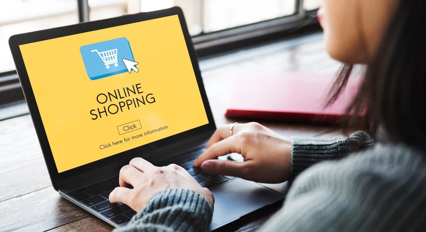 Cách bán hàng online thu hút khách